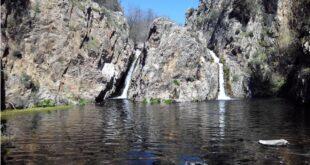 Doble cascada del Hervidero